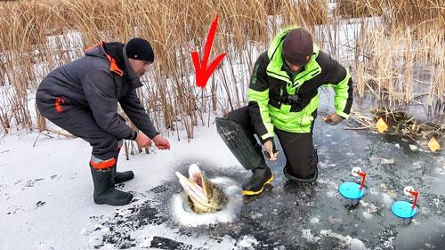 Первый лед 2020 и рыбалка на жерлицы по тонкому льду.